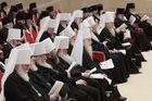 «Дабы все окружающие, видя жизнь православных христиан, прославляли Отца Небесного». Завершился Архиерейский Собор РПЦ