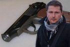Журналист Анатолий Шарий задержан за применение оружия. У его жены - нервный срыв