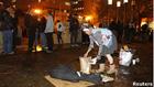 Участники акции «Захвати Уолл-стрит» пакуют свои нехитрые пожитки. Полиция оказалась сильнее