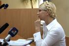 Жалобы Тимошенко на здоровье возымели результат – к ней перестали пускать даже родню. Чтобы не тревожили