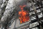 В киевской общаге чуть не сгорел заживо ребенок. Такого количества спасателей местные жители давно не видели