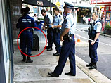 В Австралии посетитель кафе забыл чемодан с миллионом долларов.  Полиции будет  чем заняться