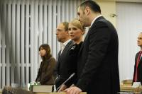 Медики из Минздрава уверены – хворь Тимошенко можно вылечить и в тюремной камере