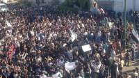 В Сирии продолжаются акции протеста. Власть обещает, что на этот раз обойдется без кровопролития
