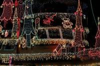В Калифорнии к Рождеству готовятся даже те, от кого этого меньше всего ожидали. Фото