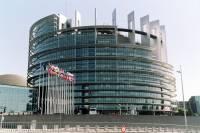 Европарламент предлагает ЕС особо не затягивать с решением по Украине