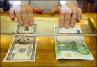 Доллар, евро и рубль не смогли удержать заявленную высоту и дружно покатились вниз