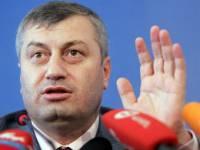Президент Южной Осетии в отставку не уйдет, пока не «выкорчует все ростки «оранжевой революции». И тут хохлы наследили?