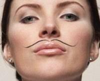 Секрет раскрыт. Британские ученые объяснили, почему у женщин растут усы