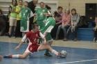 Накануне Евро молодые киевлянки учатся играть в футбол. Фото