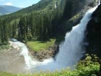 И чего только не придумает природа. Самый высокий водопад в Европе. Фото