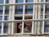 Власенко никак не успокоится по поводу видеосъемки в камере. Оказывается, смонтировали все, кроме Тимошенко