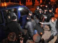 В Минске жестоко разогнали акцию протеста. Журналистам тоже досталось на орехи
