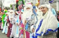Агентства уверяют, что в этом году к ребятне придут исключительно трезвые Деды Морозы. Правда, за трезвость придется доплатить