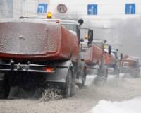 Москву парализовала метель с градом и грозой. На дорогах настоящий хаос