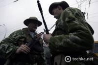 В Киеве воины-афганцы взяли в руки оружие, вспоминая о погибших товарищах. Фото