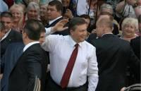 Дважды несудимый Янукович носит нательный крест «Распятие. Вход благоразумного разбойника в Рай»?