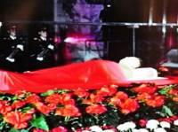 Тело Ким Чен Ира выставят в мавзолее рядом с телом отца. Внуков ждет та же участь?