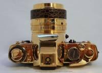 Фотоаппарат из чистого золота не желаете? Оказывается, бывает и такое. Фото