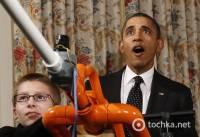Как Обама стрелял зефиром из детской мини-пушки. Фото