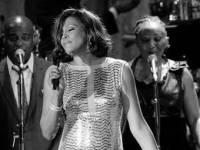 Умерла певица Уитни Хьюстон. Говорят, в ванне захлебнулась