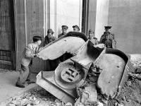 Уникальные снимки бункера Гитлера. Из неопубликованного. Фото