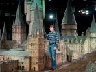 Кто бы мог подумать: замок Хогвардс, на самом деле, немногим выше человеческого роста