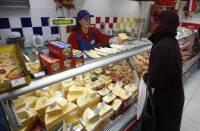 Украинский сыр возвращается в Россию. Пальмовое масло так и не нашли