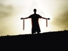 «С тебя поимели все! В первую очередь, твой хозяин, рабством у которого ты так гордишься...»
