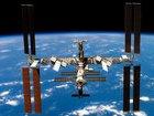 Какая ирония: гигантская Международная космическая станция может пасть под ударами мельчайших организмов