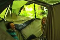Британцы придумали палатку, которая способна убегать от насекомых