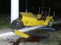 В Мариуполе уникальный самодельный Lotus врезался в столб