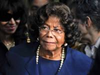 Мать  Майкла Джексона вернула себе опекунство над внуками
