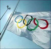 Олимпийцев заставляют отрапортовать перед Азаровым, что у них все в порядке?