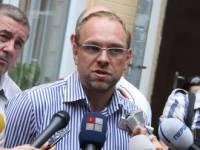 Власенко пытается угадать, когда же ВАСУ огласит решение по кассации Тимошенко