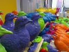 Ливерпуль заполонили стаи разноцветных «крыс неба»