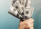 Перед самыми выборами в столичных обменниках таинственным образом исчезли доллары