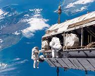 Экипаж экспедиции, которую отправили на Международную космическую станцию, вернулся на Землю