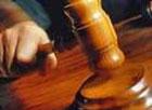 Судья пока еще вежливо попросил Луценко выбирать выражения