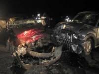 На Закарпатье крутой джип проверил на прочность «лоб» Daewoo. Погибла женщина и маленькая девочка