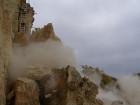 В Крыму обвалилась 500-тонная скала. Благо, все происходило под контролем