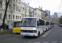 Киев готовится к «оранжевой» годовщине. На Банковой уже дежурят 8 автобусов со спецназом