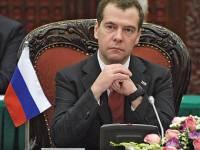 Мечты, мечты, где ваша сладость? Медведев  решил, что через пару-тройку лет он опять сядет в президентское кресло