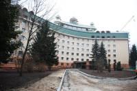 Царским особам — царские хоромы. Фасад одного из корпусов «Феофании» отремонтируют почти на 3 млн. гривен