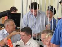 Фемида по-украински. Решение суда по делу Луценко судьи решили зачитывать сидя