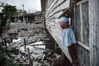 Жизнь в трущобах, как она есть. А вы еще жалуетесь на шумных соседей