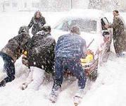 Зима еще толком не наступила, а нас уже предупреждают – свет массово отключат,  транспорт станет в пробках