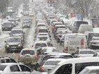 Под Тернополем более полусотни грузовиков оказались в снежной ловушке