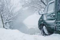 На Тернопольщине маршрутка с пассажирами едва не ушла под лед