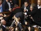 «Открытие сессии Верховной Рады началось в типичной для нее грубой форме». Мировые СМИ о первом дне работы украинского парламента